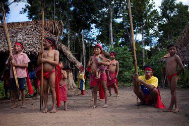 Muere de coronavirus adolescente de aislada tribu en Brasil