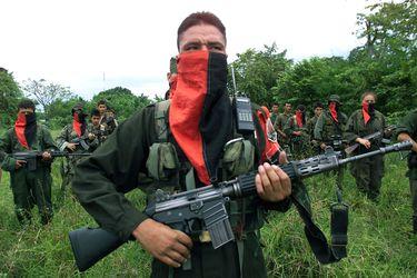 Guerrilla del ELN niega responsabilidad en ataque a brigada del Ejército colombiano que dejó 36 heridos