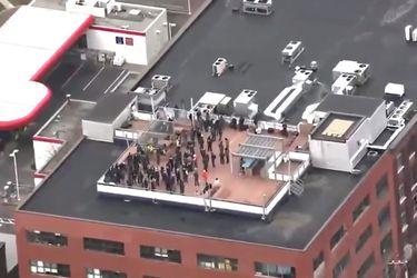 Canadá: Policía evacúa edificio en Montreal tras alerta de atacante