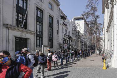 Retiro del 10% e incertidumbre política trae consecuencias: tasas de créditos hipotecarios suben, Fisco se endeuda más caro y el fondo E de las AFP cae 11%