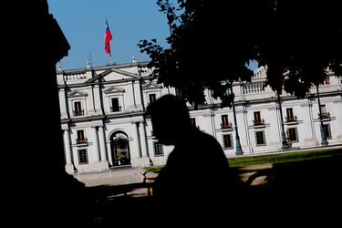 Pese a rebaja en calificación Chile se mantiene líder de la región, pero más cerca del vecindario