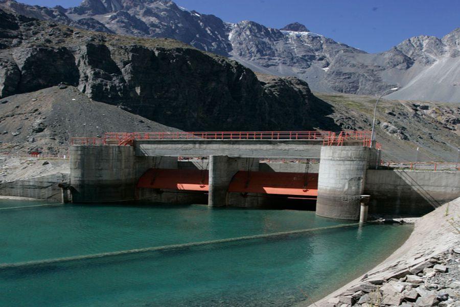 Corte rechaza recurso de organizaciones ecologistas y vecinales contra proyecto hidroeléctrico Alto Maipo
