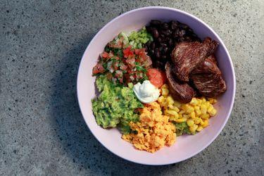 Receta: Burrito bowl de filete