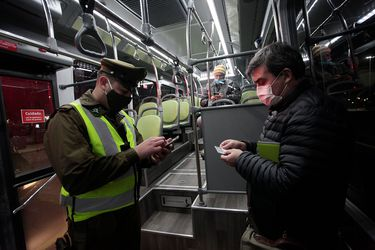 Transportes: Gran Santiago registra aumento de movilidad, pero cifras siguen siendo menores a marzo