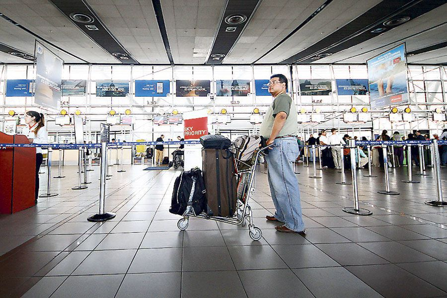Pasajero Aeropuerto WEB