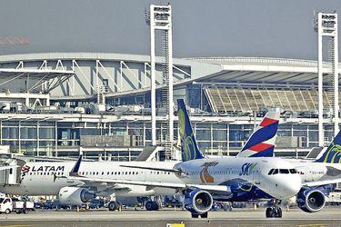 Imagen-Aviones-Aeropuerto-70
