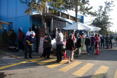 Alta asistencia a Terminal Pesquero provoca desvíos de tránsito en Lo Espejo