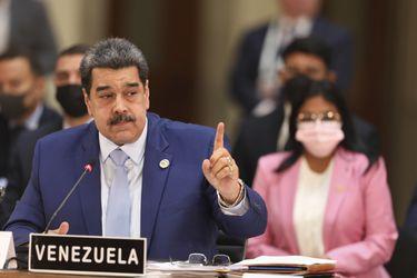 Maduro reta a debate a presidentes de Uruguay y Paraguay: asegura que lo provocaron y agredieron en cumbre de la CELAC