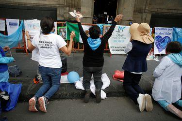 México declara inconstitucional penalizar el aborto tras histórica decisión judicial