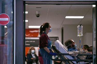 Reino Unido notifica más de 260 fallecidos diarios por Covid-19: la cifra más alta desde el 3 de marzo