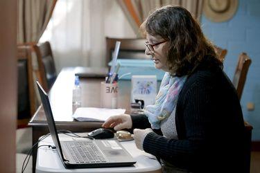 Una profesora diferencial y la dura tarea de educar en línea