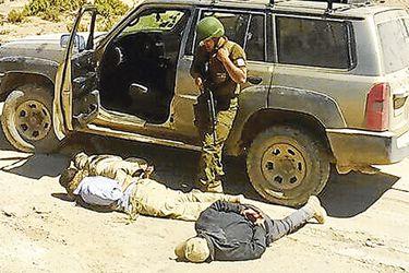 instante-en-que-fueron-detenidos-los-milita-37963134