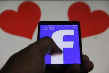 Facebook puede atacar en el juego de citas