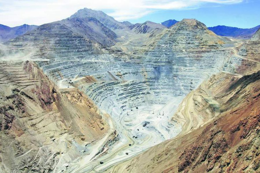 To match feature ENVIRONMENT-MINING/CHILE