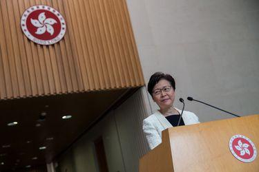 Hong Kong retrasa las elecciones legislativas un año a causa de la pandemia y tras vetar a los candidatos de la oposición