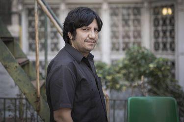 """Alejandro Zambra: """"Ojalá hubiera muchos poetas y profesores en la constituyente"""""""