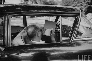 """Brian Boyd, biógrafo del autor de Lolita: """"Nabokov se adelantó al #MeToo"""""""
