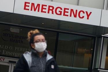Estado de Nueva York hace obligatoria la vacunación contra el Covid-19 para los trabajadores de la salud
