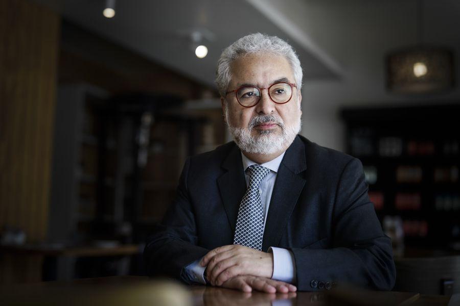 13/11/2019FOTOGRAFIAS AL ABOGADO LUIS HERMOSILLAMario Tellez/La Tercera