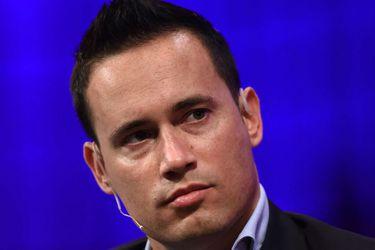 Atendido por su propio dueño: este multimillonario holandés a veces reparte comidas de su empresa