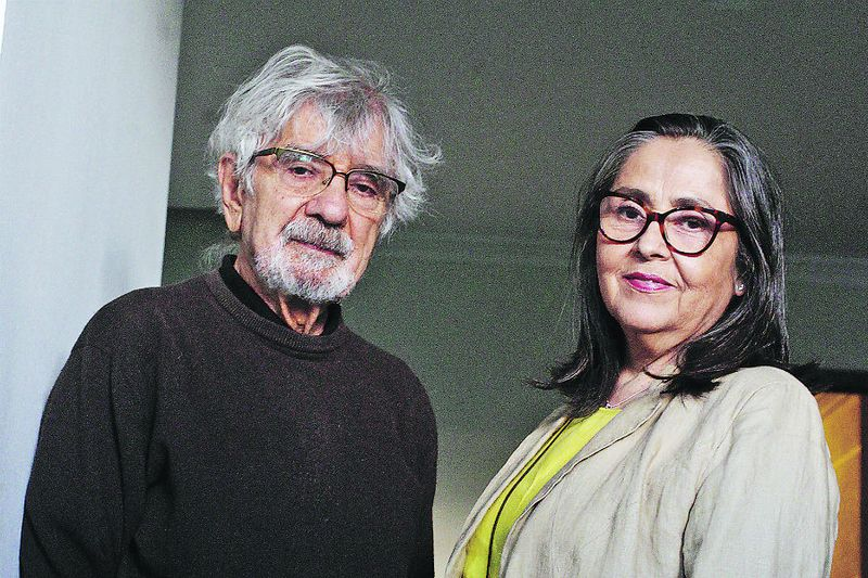 HUMBERTO MATURANA XIMENA DAVILA 2601