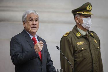 Tribunal sacó nombres de Piñera, Blumel y Rozas en querella de DD.HH.: la resolución que alivia al gobierno