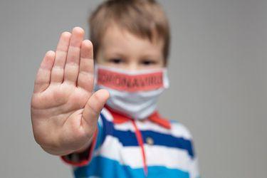 ¿Es más peligrosa la variante Delta para los niños que las cepas anteriores?