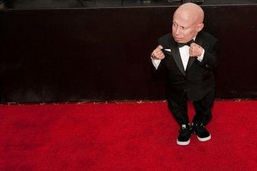 Muere actor Verne Troyer, conocido por su papel de Mini Me en Austin Powers