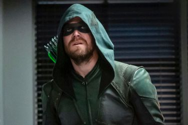 Warner Channel emitirá el final de Arrow este jueves