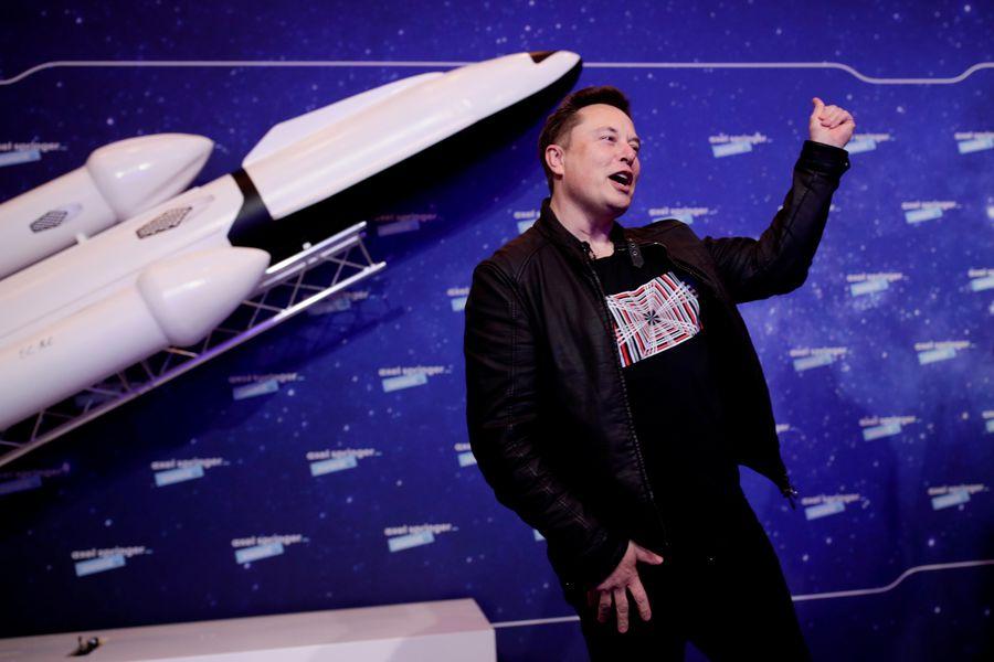 Compañía de Elon Musk escoge a Chile para iniciar sus operaciones de internet satelital en América Latina
