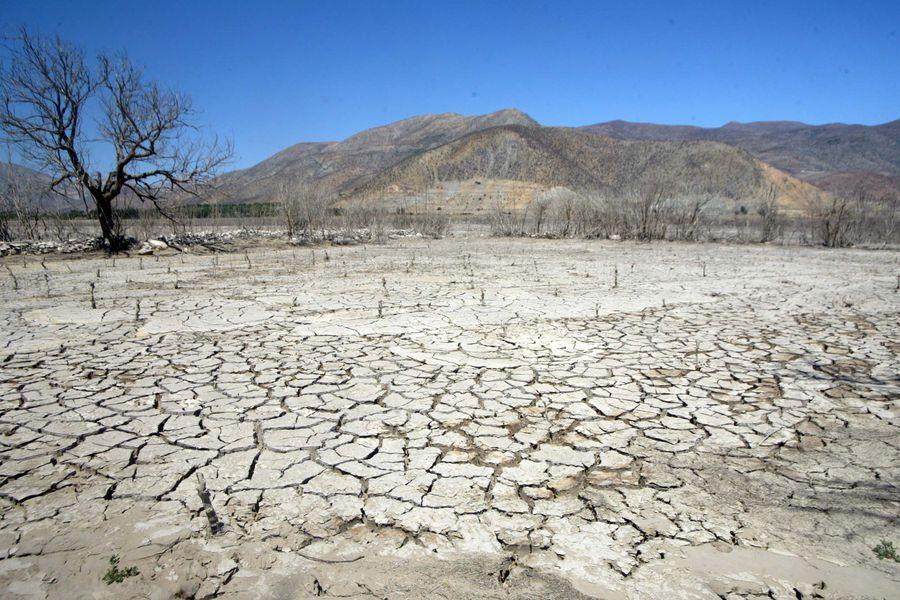 Gobierno advierte deterioro en déficit hídrico y que 2021 podría cerrar igual que 2019, el año más seco de la historia