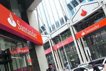 Santander cierra negociación colectiva anticipada con sus 23 sindicatos con bono de término de conflicto