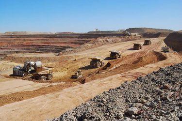 mineros australia wsj