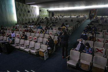 Plan Paso a Paso anuncia apertura de cines y teatros con aforo reducido