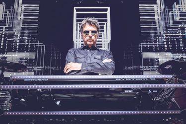 """Jean-Michel Jarre: """"La inteligencia artificial será capaz de crear canciones como las de The Beatles"""""""