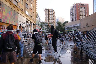 Estudiantes agrupados en Cones realizan manifestacion en  contra la psu y la represión estudiantil