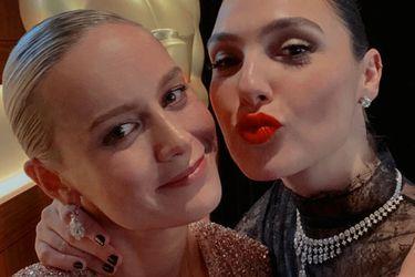Brie Larson y Gal Gadot emularon un popular fanart de Capitana Marvel y Wonder Woman