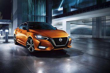 La octava evolución del clásico Nissan Sentra ya es oficial en Chile