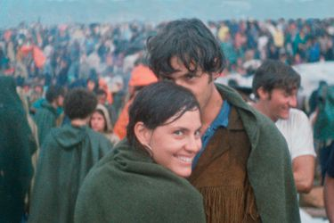 La pareja que encontró su primera foto juntos en un documental de Woodstock