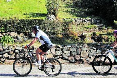 Minvu prepara guía para uso de plazas y parques en período de transición