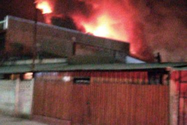 Balacera y posterior incendio deja tres casas afectadas y una persona fallecida en San Felipe