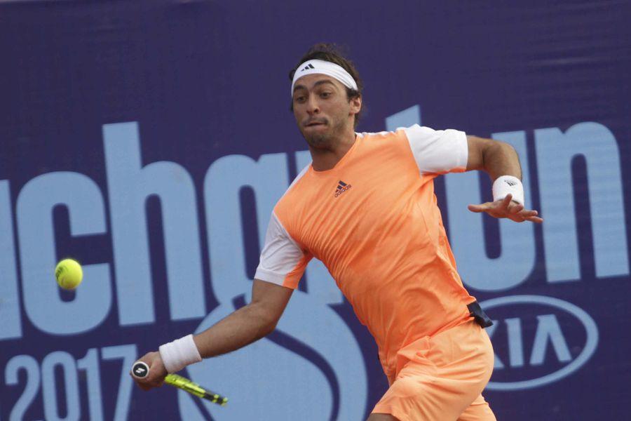 gonzalo lama   tenis 00923---Un Santiago desconocido-seqn}.JPG