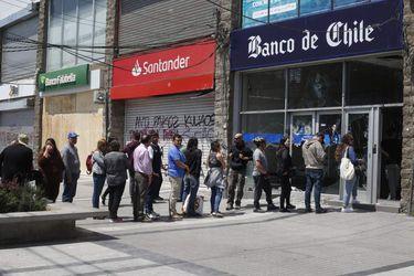 Pérdidas por riesgo operacional de la banca casi se duplicaron en 2019 en medio de crisis social