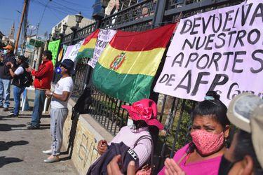 Perú y Bolivia también recurren a los fondos de las AFP: Aprueban proyectos legislativos por la pandemia