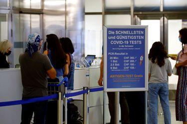 UE alcanza objetivo de entrega de vacunas mientras la variante Delta progresa