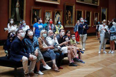 Sin turistas y con capacidad limitada: el Louvre reabrió sus puertas después de tres meses y medio