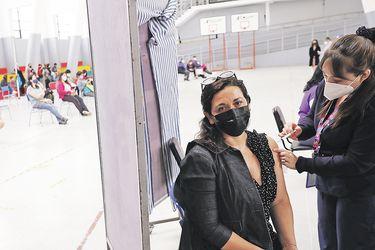 Minsal: Chile supera los tres millones de vacunados contra el Covid-19