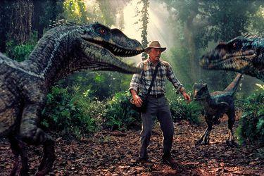 Jurassic World: Dominion podría retomar sus filmaciones en julio según Sam Neill