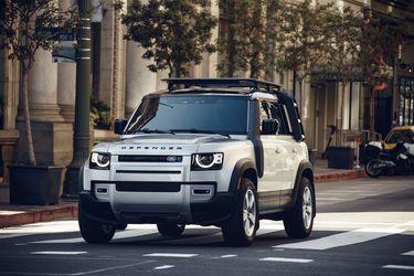 El Land Rover Defender se queda con el premio mayor del Women's World Car of the Year