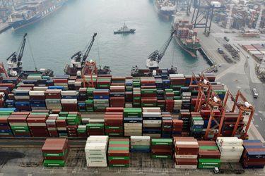 Economía de China mantendrá tasa de crecimiento de media a alta, de acuerdo a funcionario de su banco central